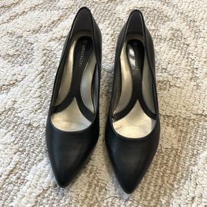Naturalizer heels worn once